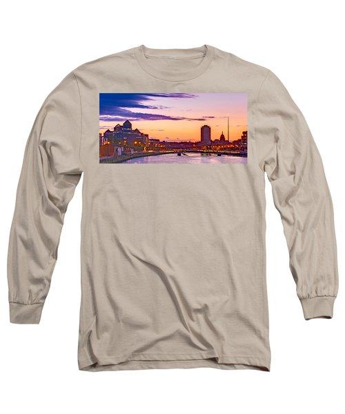 Dublin Skyline At Dusk / Dublin Long Sleeve T-Shirt