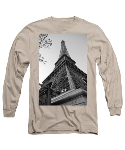 Eiffel Tower In Black And White Long Sleeve T-Shirt