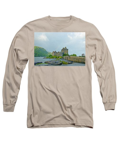Eilean Donan Castle Textured 2 Long Sleeve T-Shirt