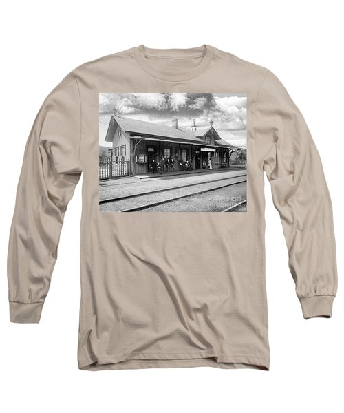 Garrison Train Station In Black And White Long Sleeve T-Shirt