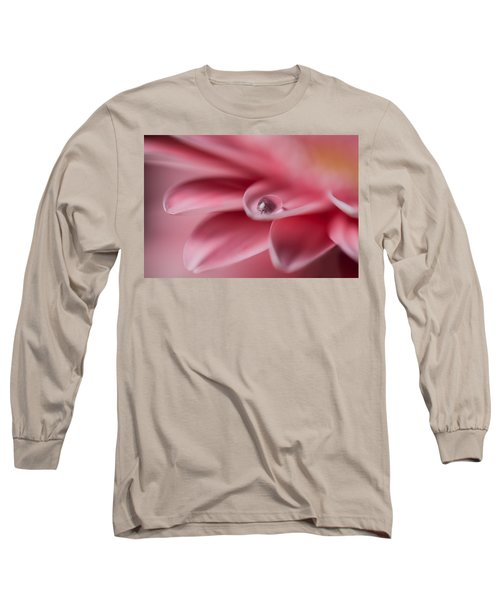 Gerbera With Water Droplet Long Sleeve T-Shirt