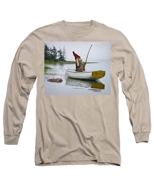 Gnome Fisherman In A White Maine Boat On A Foggy Morning Long Sleeve T-Shirt