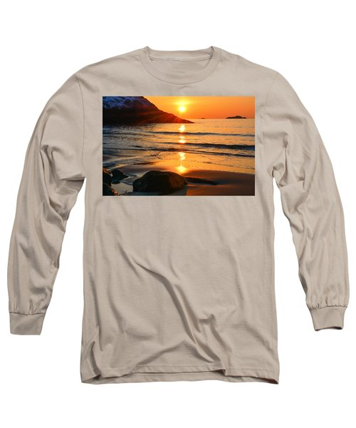 Golden Morning Singing Beach Long Sleeve T-Shirt