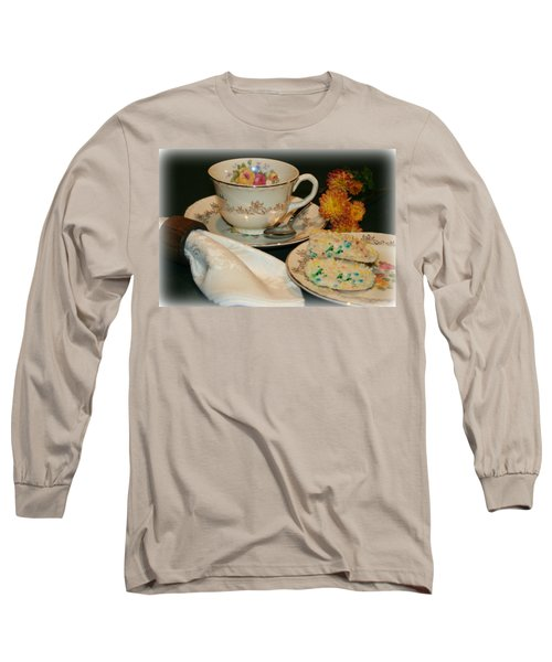 Her Best China Long Sleeve T-Shirt