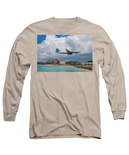 jetBlue in St. Maarten Long Sleeve T-Shirt