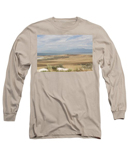 Long Sleeve T-Shirt featuring the photograph Looking North From Antelope Island by Belinda Greb