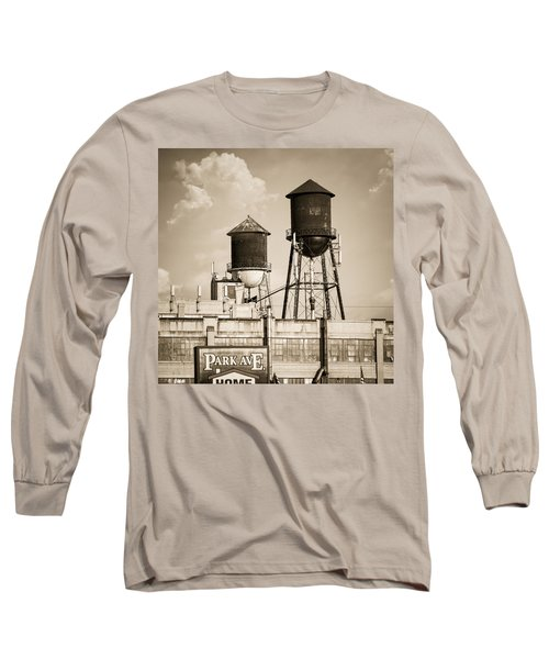 Long Sleeve T-Shirt featuring the photograph New York Water Tower 8 - Williamsburg Brooklyn by Gary Heller