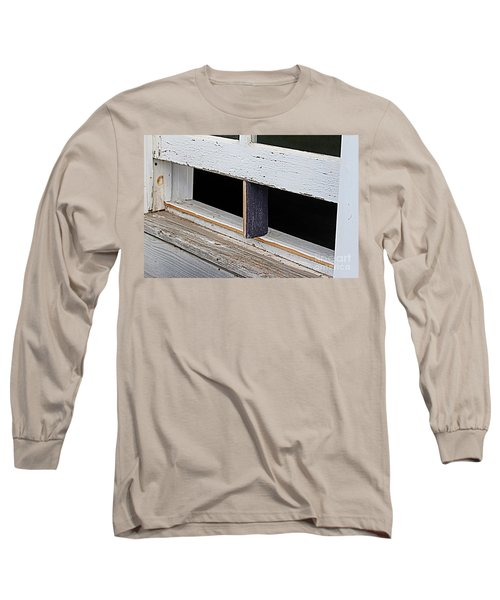 Long Sleeve T-Shirt featuring the photograph Old Fashioned Air Conditioning by Ann E Robson