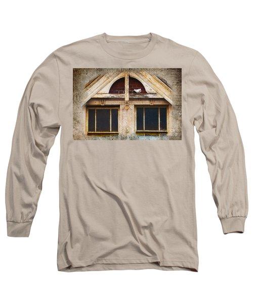 Ready To Nest Long Sleeve T-Shirt by Cynthia Lagoudakis