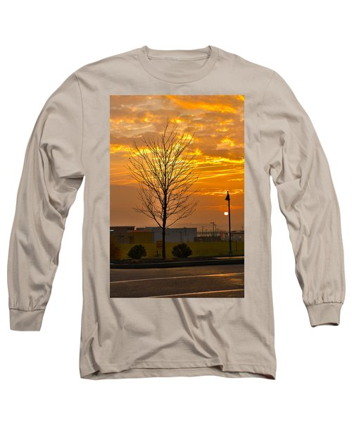 Retail Dawn Long Sleeve T-Shirt