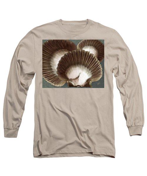 Seashells Spectacular No 22 Long Sleeve T-Shirt by Ben and Raisa Gertsberg