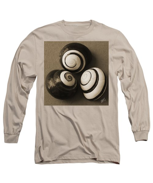 Seashells Spectacular No 28 Long Sleeve T-Shirt by Ben and Raisa Gertsberg