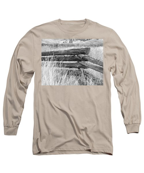 Long Sleeve T-Shirt featuring the photograph Snake Fence  by Ann E Robson