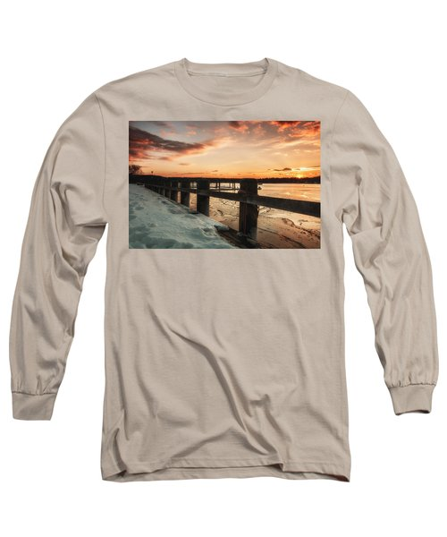 Snowy Sunset In Northport New York Long Sleeve T-Shirt
