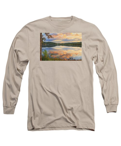 Long Sleeve T-Shirt featuring the photograph Soddy Lake by Geraldine DeBoer