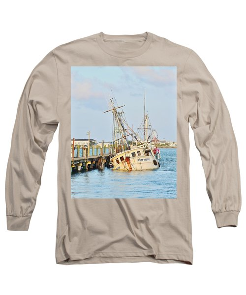 Long Sleeve T-Shirt featuring the photograph The New Hope Sunken Ship - Ocean City Maryland by Kim Bemis