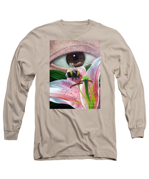 White Tailed Bumble Bee Upon Lily Flower Long Sleeve T-Shirt