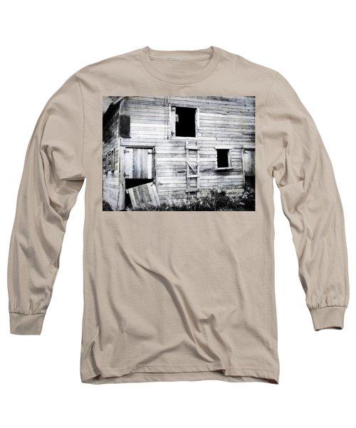Aging Barn  Long Sleeve T-Shirt