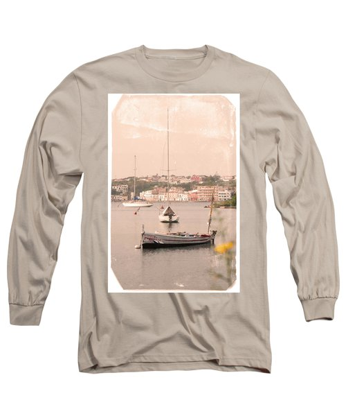 Long Sleeve T-Shirt featuring the photograph Barbara by Pedro Cardona