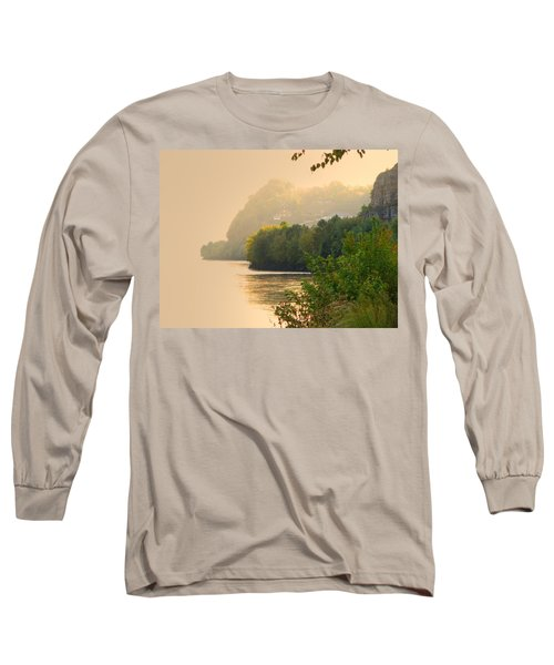 Long Sleeve T-Shirt featuring the digital art Islands In The Stream II by William Fields