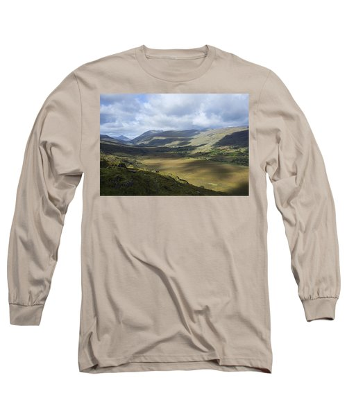Long Sleeve T-Shirt featuring the photograph Ring Of Dingle by Hugh Smith