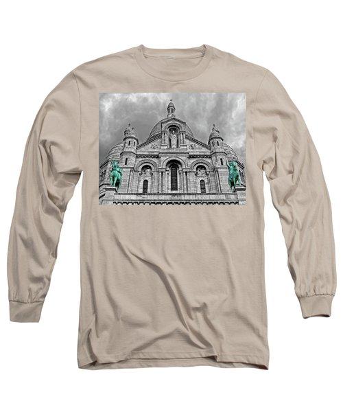 Long Sleeve T-Shirt featuring the photograph Sacre Coeur Montmartre Paris by Dave Mills