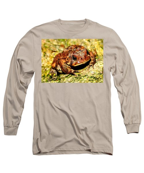 Long Sleeve T-Shirt featuring the photograph Toad by Joe  Ng