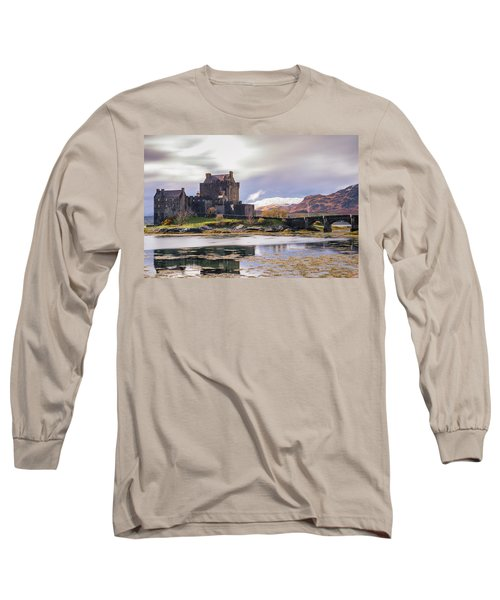 Eilean Donan Castle, Dornie, Kyle Of Lochalsh, Isle Of Skye, Scotland, Uk Long Sleeve T-Shirt