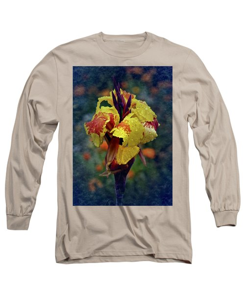 Vintage Canna Lily Long Sleeve T-Shirt
