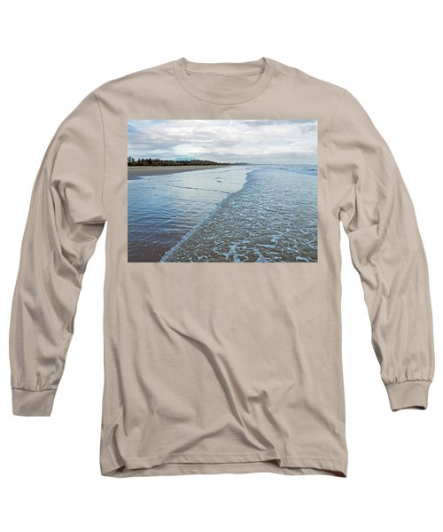 Binh Hai Beach, Quang Ngai Long Sleeve T-Shirt