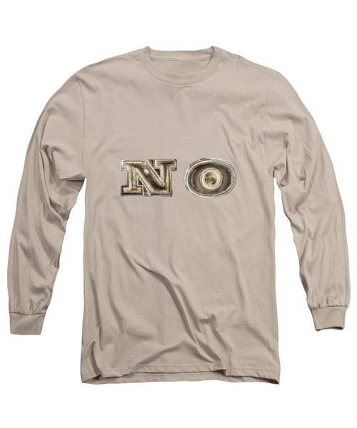 A Simple No Long Sleeve T-Shirt