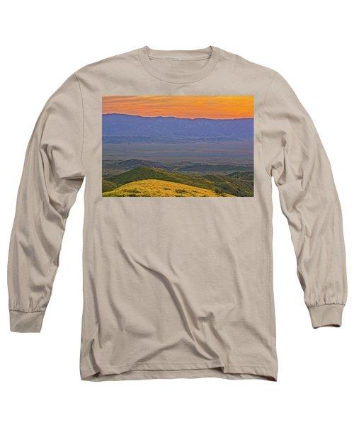 Across The Carrizo Plain At Sunset Long Sleeve T-Shirt