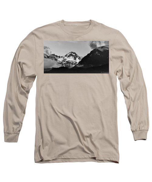 Alaskan Mountain Range Long Sleeve T-Shirt