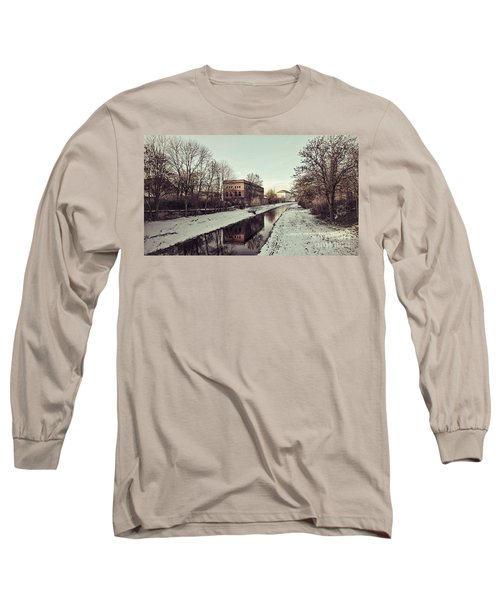Am Zorge-ufer Long Sleeve T-Shirt