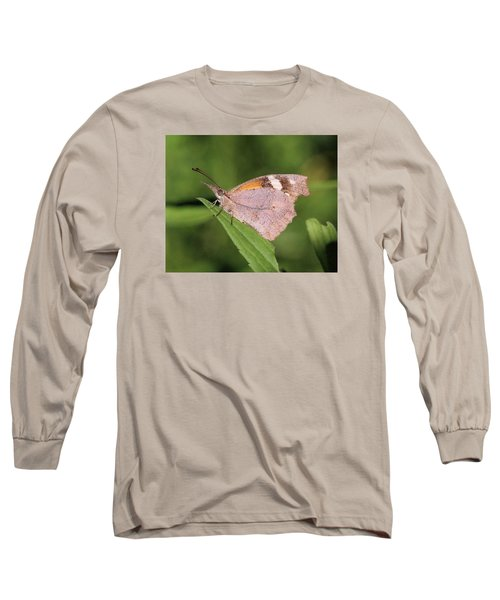 Long Sleeve T-Shirt featuring the photograph American Snout by Doris Potter
