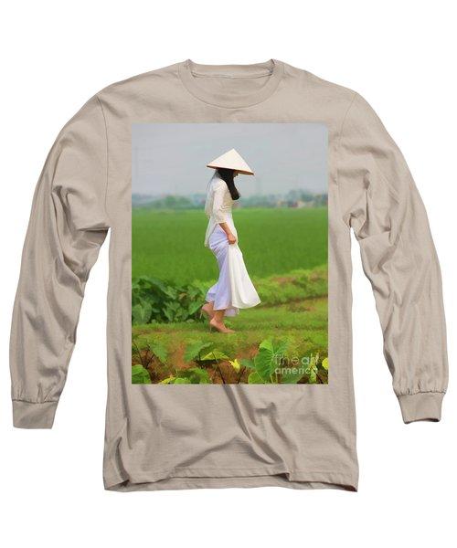 Ao Dai Woman Vietnamese Woman Long Sleeve T-Shirt