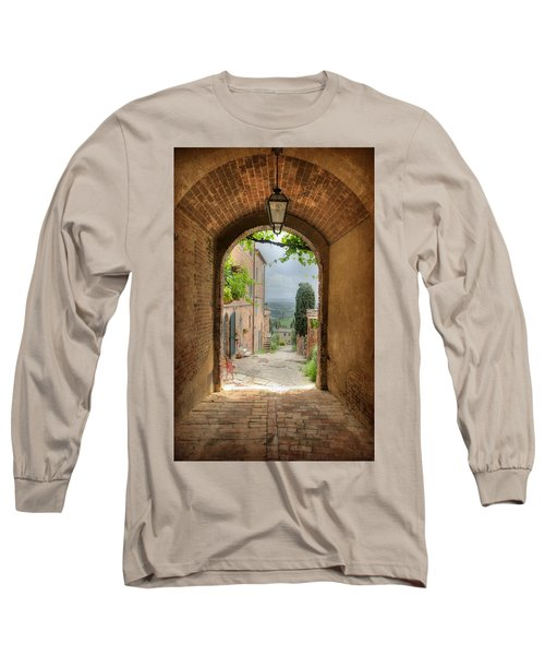 Arched View Long Sleeve T-Shirt