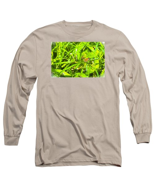 Long Sleeve T-Shirt featuring the photograph Artistic Essex Skipper  by Leif Sohlman