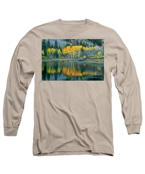 Aspens In Fall Color Along Lundy Lake Eastern Sierras California Long Sleeve T-Shirt