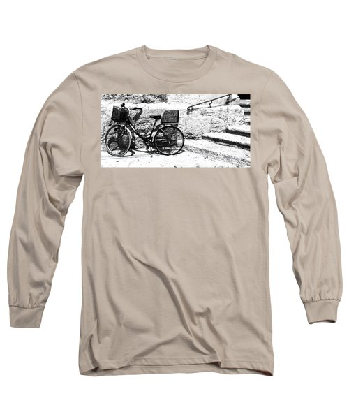 Bicyle In Cuitadella Long Sleeve T-Shirt