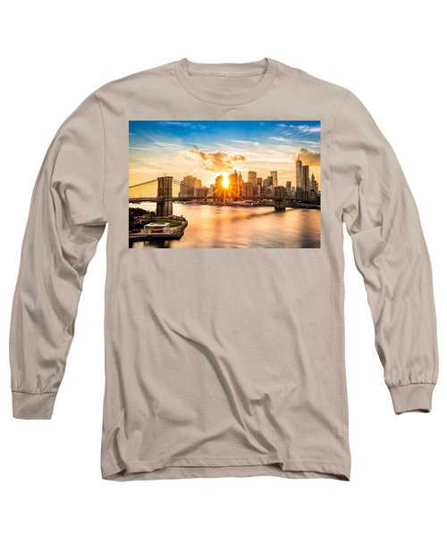 Brooklyn Bridge And The Lower Manhattan Skyline At Sunset Long Sleeve T-Shirt