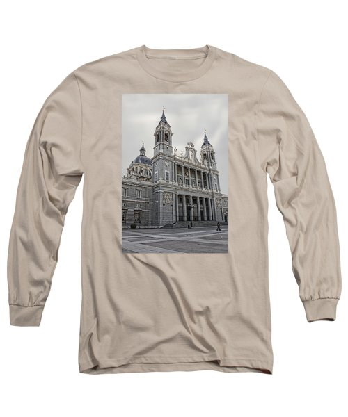 Catedral De La Almudena Long Sleeve T-Shirt