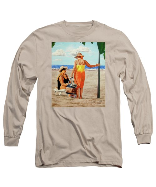 Chat On The Beach - Chat En La Playa Long Sleeve T-Shirt