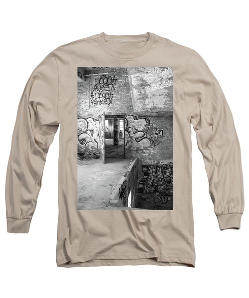 Clothcraft In Black And White Long Sleeve T-Shirt