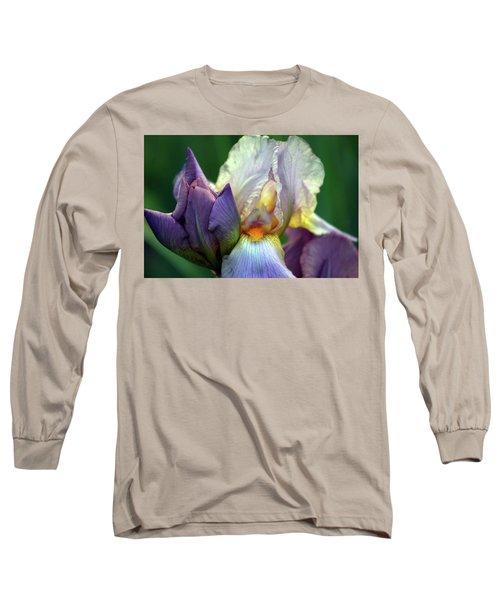 Cream And Purple Bearded Iris With Bud 0065 H_2 Long Sleeve T-Shirt