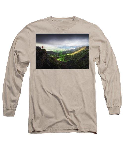 Delika Canyon Long Sleeve T-Shirt