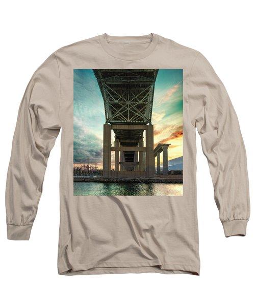 Desmond Long Sleeve T-Shirt