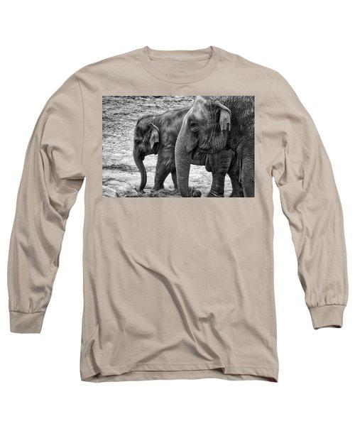 Elephants Bw Long Sleeve T-Shirt