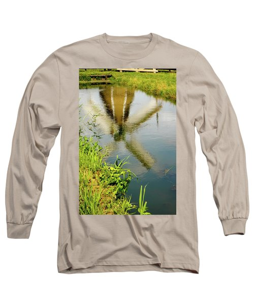 Long Sleeve T-Shirt featuring the photograph Enkhuizen Windmill by KG Thienemann