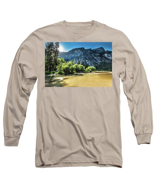 Eve Approaches- Long Sleeve T-Shirt